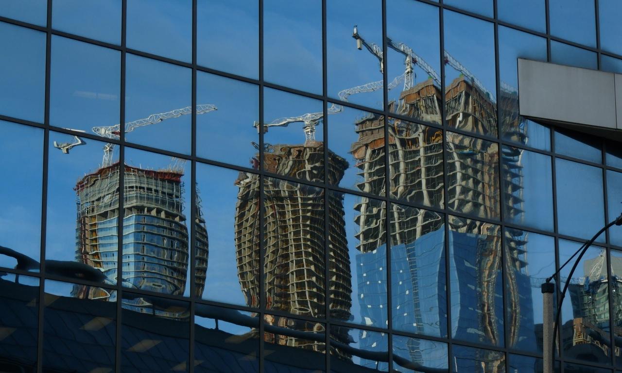 Reflets immeubles en constructio